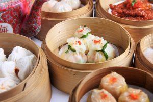 Đồ ăn ở sân bay Nội Bài có món gì ngon, nên ăn ở đâu để không lo chặt chém?