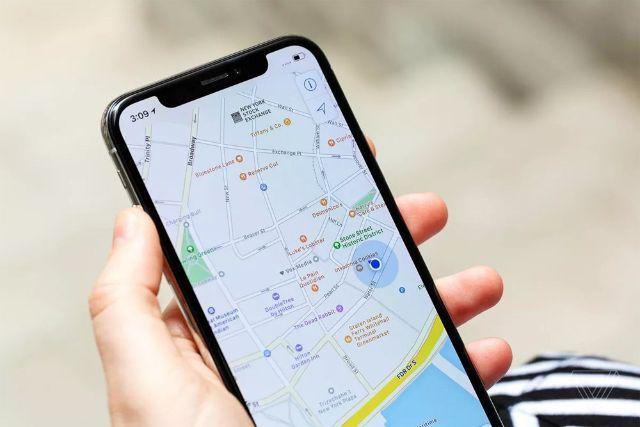 Kiểm tra tuyến đường qua điện thoại của mình