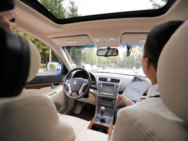 Thuê ô tô tự lái nếu đi với gia đình và bạn bè